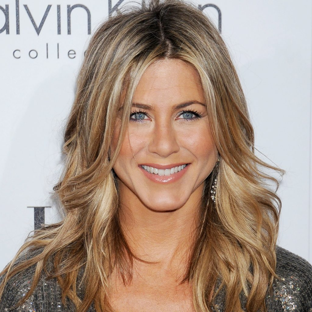jennifer-aniston-curls