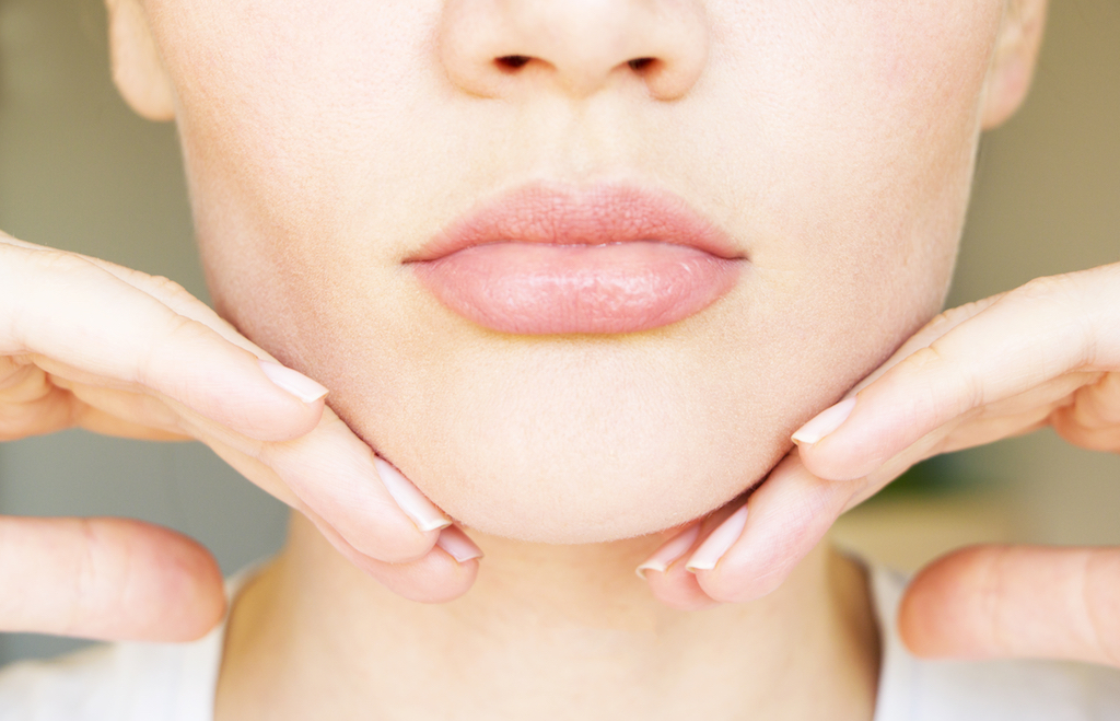 Dr. Rodríguez-Feliz Has The Solution For Double Chins And Skin Laxity