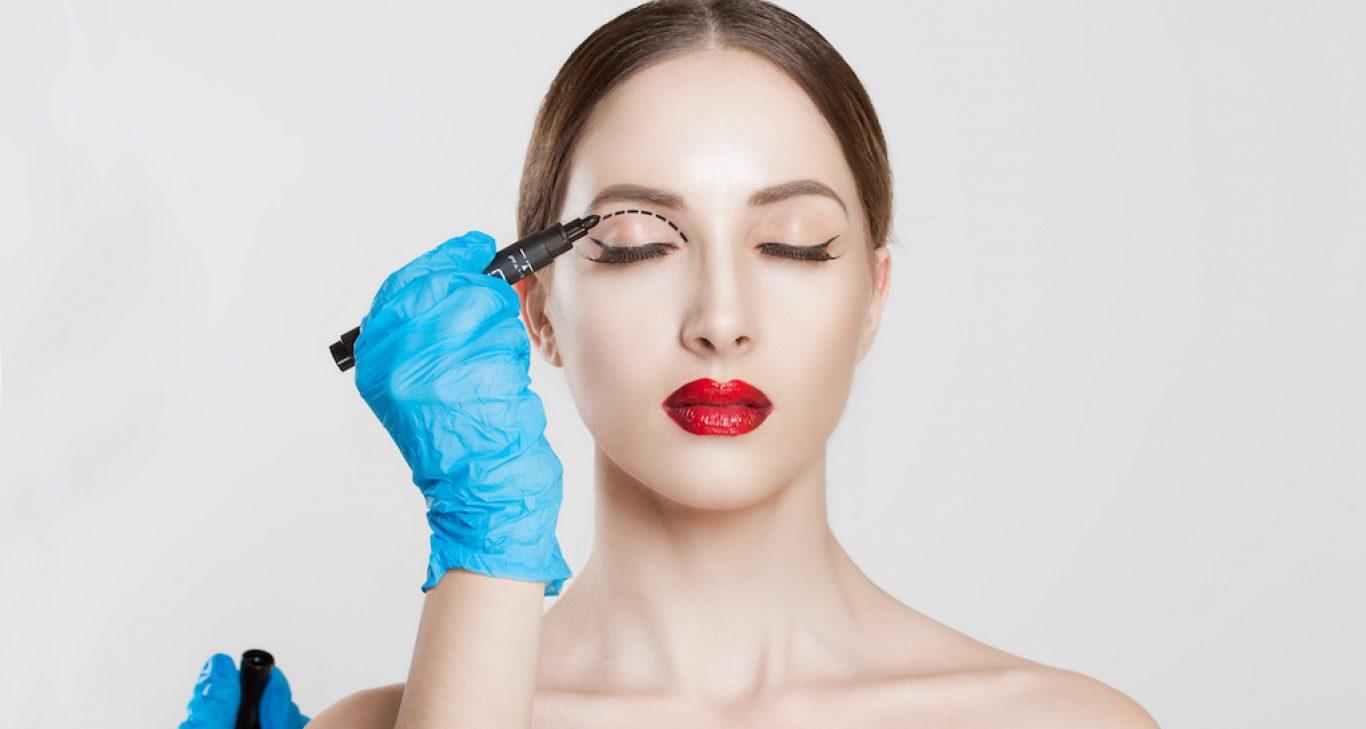 Eye Makeup Tips After Eyelid Surgery