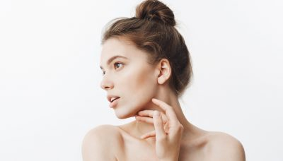 Woman with sculpted jaw