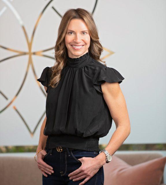Dr. Sara Cummins