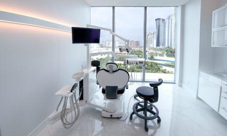 Periodontist Miami