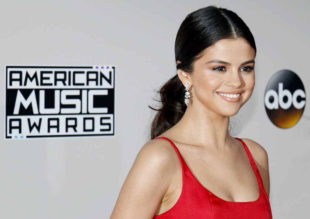 Selena,Gomez,At,The,2016,American,Music,Awards,Held,At