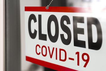 Closed,Businesses,For,Covid-19,Pandemic,Outbreak,,Closure,Sign,On,Retail