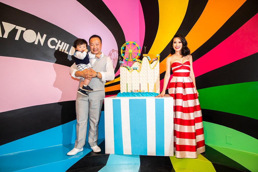 i-VQDDHZG-XL How to Throw a Million Dollar Baby's Birthday Bash
