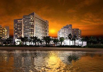 Eden-Roc-Miami-Beach