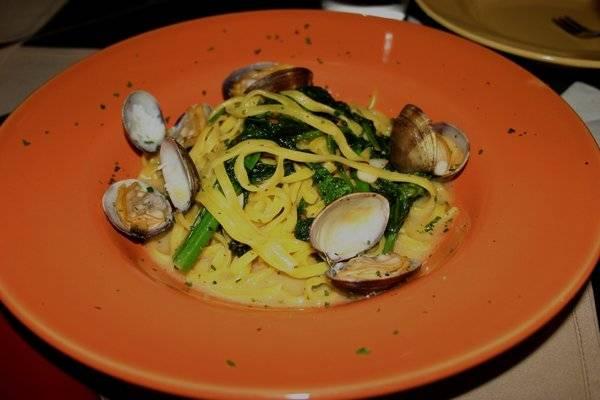 Marcellino-Saffron-Linguini-Manilla-Clams