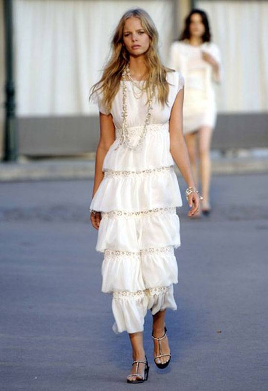 chanel-resort-runway-4