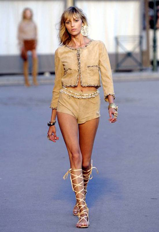chanel-resort-runway-7