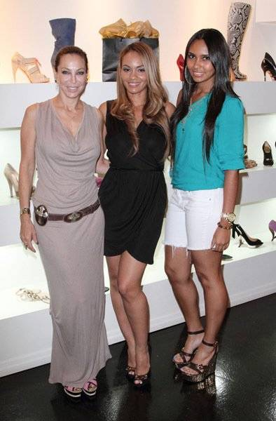 evelyn-lozada-lisa-pliner