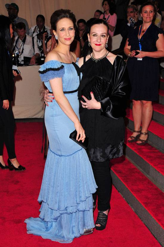 vera-farmiga-met-ball-sophie-theallet-gap
