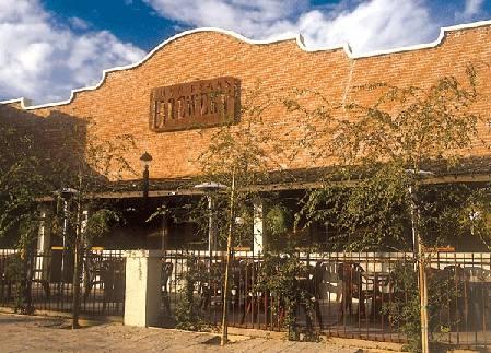 Four-Peaks-Brewery-Sports-Bar