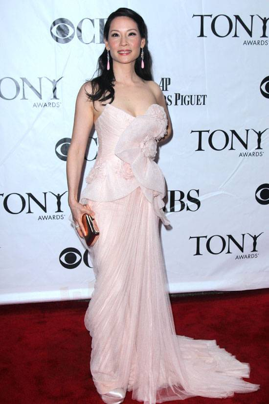 lucy-liu-best-dressed-marchesa