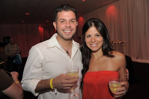 1055- Y-100's Chris Cruz &amp_ Mirella Ortiz