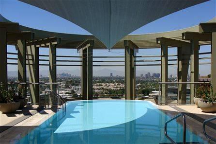 Esplanade-Place-Rooftop-Pool