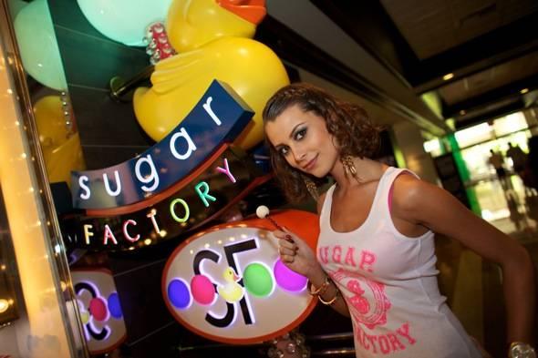 Miss Universe at Sugar Factory (Larios)