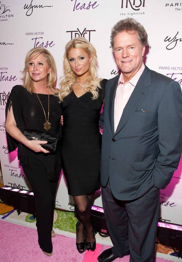 Kathy Richards Hilton, Paris Hilton and Rick Hilton
