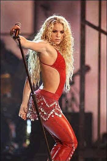 Shakira inCONCERT