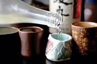 0709_pg161_pour_strong_sake1