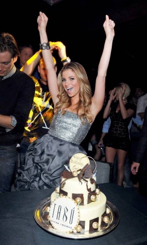 Amber Lancaster at Tabu Ultra Lounge 2, 9.18.10