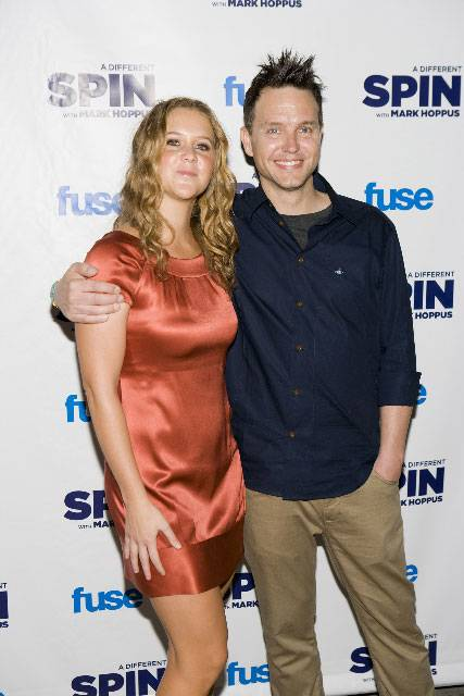 Amy-Schumer-and-Mark-Hoppus