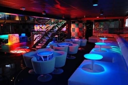 Axis-Radius-Scottsdale-Club