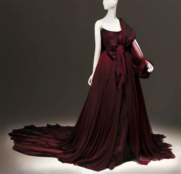 Extending-the-Runway-Tatiana-Sorokko-Westwood-Evening-Dress