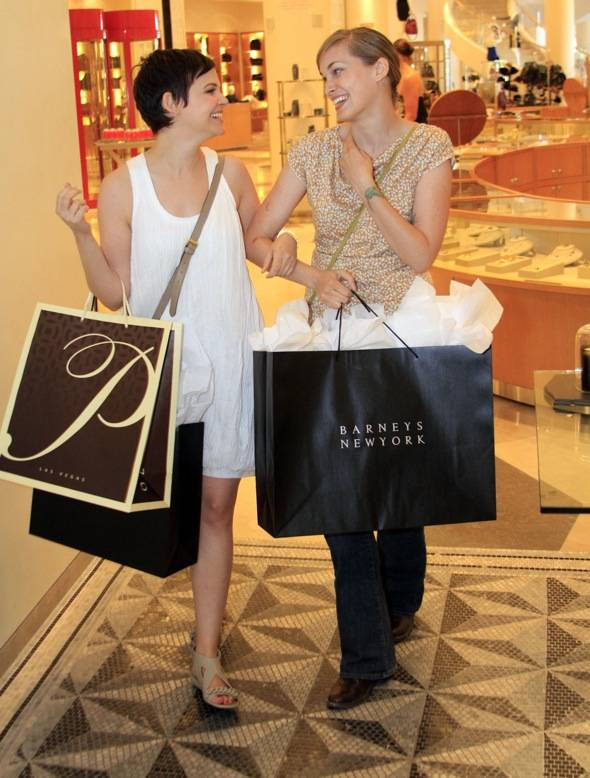 Ginnifer and sister melissa leaving barneys with shopping bags