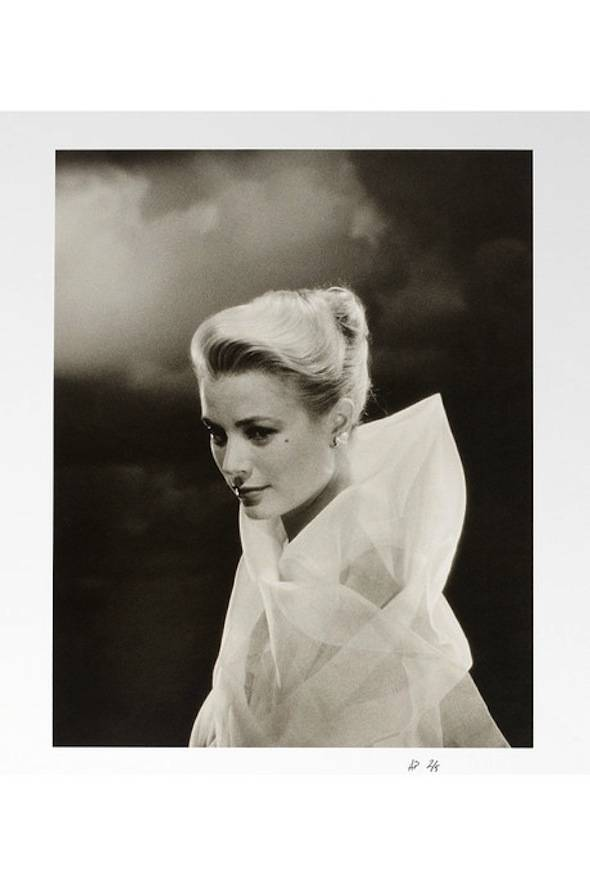 Grace-Kelly-Vogue-Archives