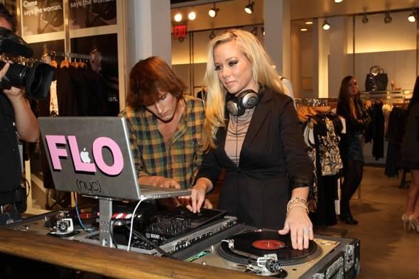 Kendra DJ's @ FC