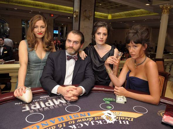 L-R-Kelly-Macdonald,-Michael-Stuhlbarg,-Aleksa-Palladino,-Paz-de-la-Huerta-hit-the-tables-at-Caesars-Atlantic-City-for-the-the-Boardwalk-Empire-Premiere