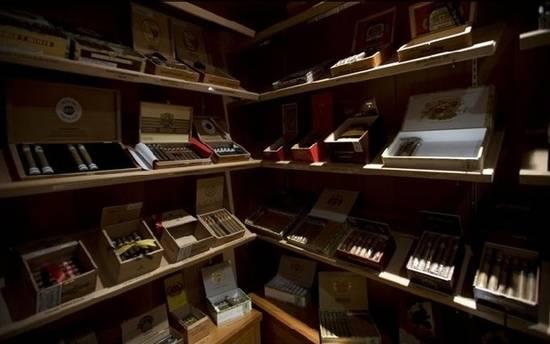 Stanza Dei Sigari Boston : Smoke rings the top cigar bars in boston haute living