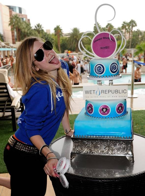 Avril Lavigne with Birthday Cake at WET REPUBLIC, Las Vegas 10.2.10