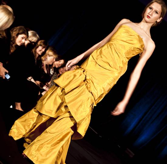 Carmen Marc Valvo Winter Collection 2010 by Nino Sambataro (10)
