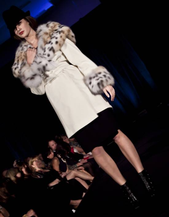 Carmen Marc Valvo Winter Collection 2010 by Nino Sambataro (11)