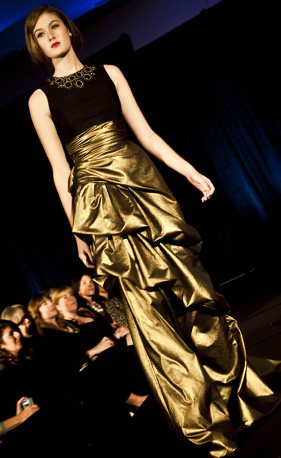 Carmen Marc Valvo Winter Collection 2010 by Nino Sambataro (12)