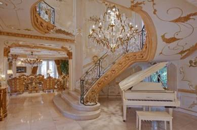 Chateau D'or staircase