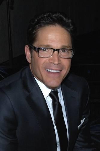 Gala Host Dave Koz
