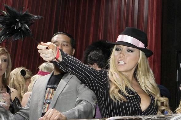 Kendra Wilkinson_LAX Nightclub_Judging_10.30.10