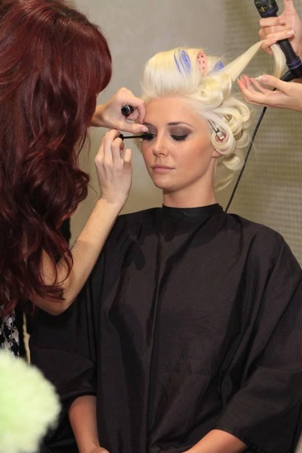 Kristina Shannon Getting Primped at Michael Boychuck's COLOR Salon