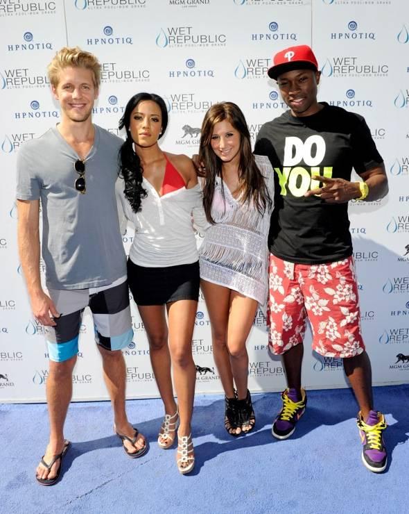 Matt Barr, Heather Hemmens, Ashley Tisdale and Robbie Jones on blue carpet at WET REPUBLIC, Las Vegas 10.3.10