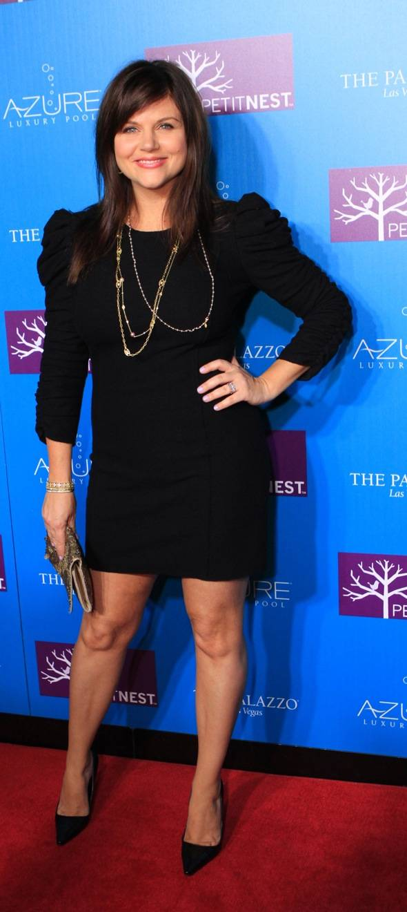 Tiffani Thiessen Full Length 3