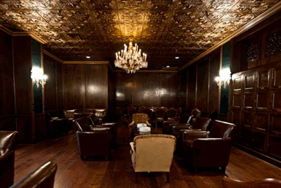 Smoke Rings The Top 5 Cigar Bars In Chicago Haute Living
