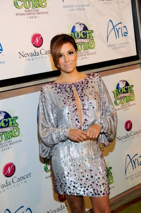 Eva Longoria-Parker on red carpet at Nevada Cancer Institute's Rock for the Cure Las Vegas, 11.11.10