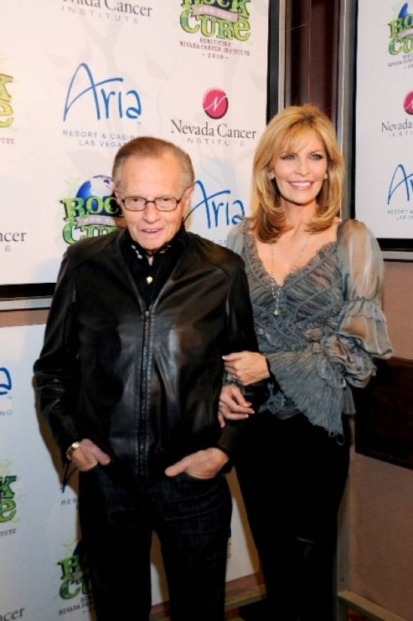Larry King and wife Shawn King on red carpet at Nevada Cancer Institute's Rock for the Cure Las Vegas, 11.11.10