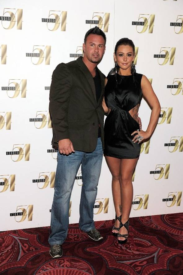 Roger and JWoww on the red carpet