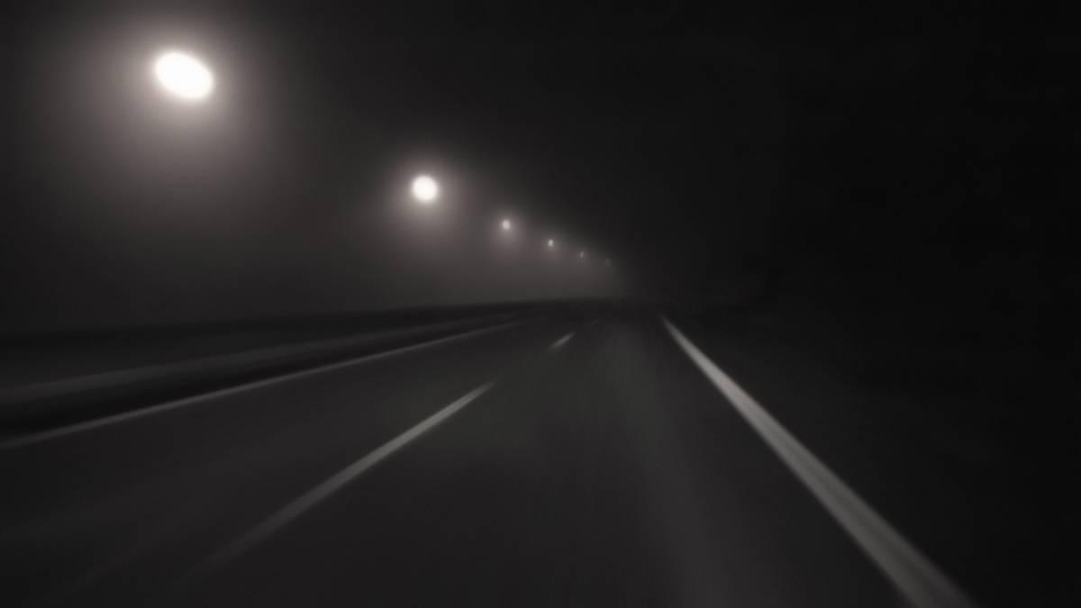 B&W Streetlightsnigh#A4EFF4