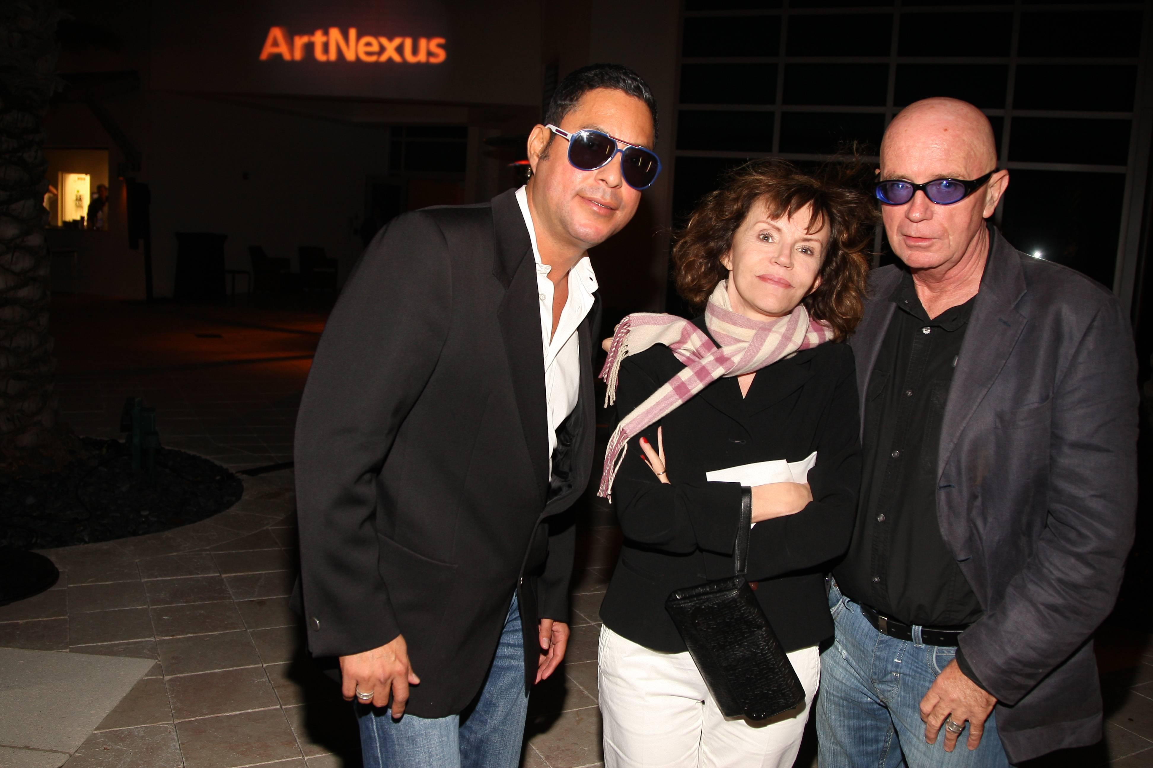 Juan Carlos Perez, Madame Roche, Ron Heyndels