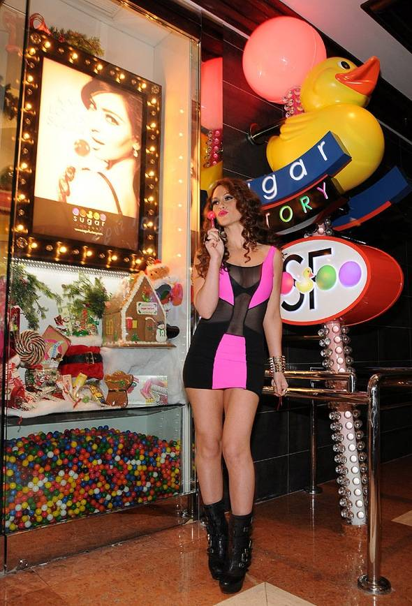 Kimberly Cole at Sugar Factory Entrance (Scott Harrison)