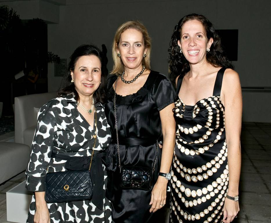 Masik Art Performance at Marquis Residences - Anuca Valverde, Alicia Cervera & Wendy Marks Pines
